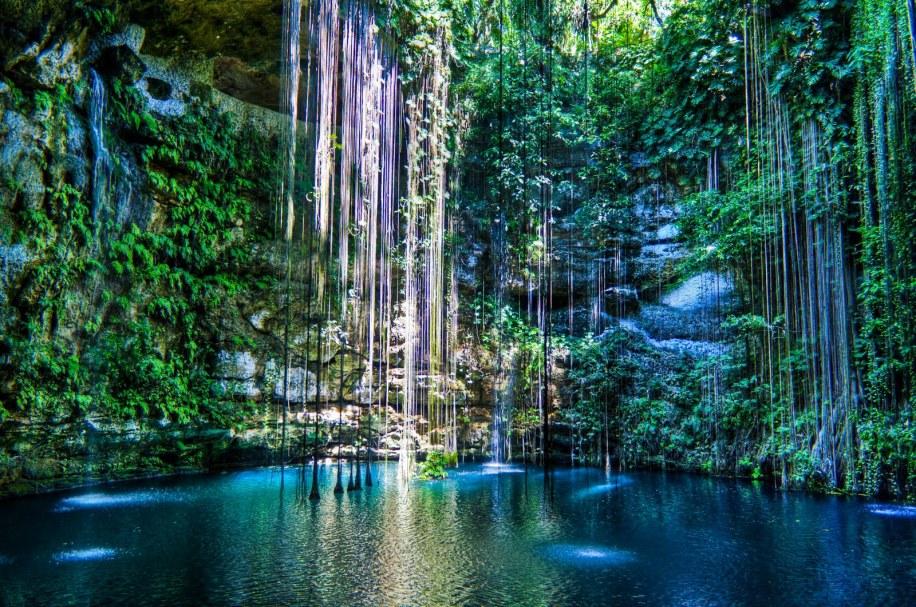 cenote-maya-www.paseotours.fr_1.jpg